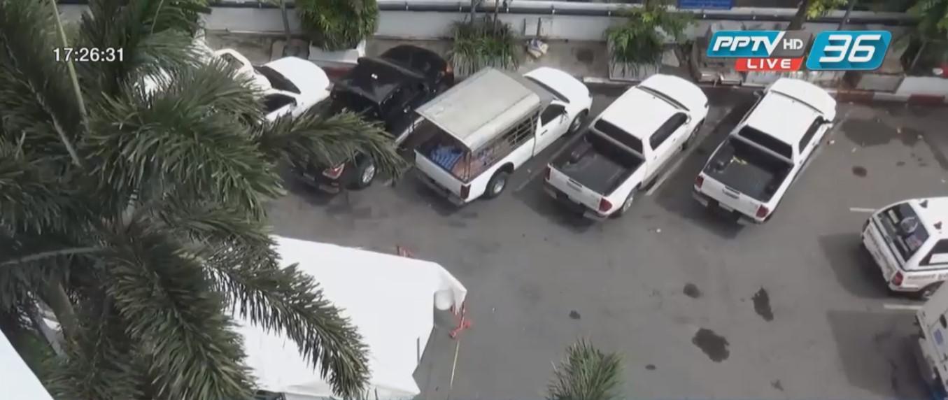 ชายกระโดดลานจอดรถชั้น 8 ห้างดังย่านบางกะปิ เสียชีวิต
