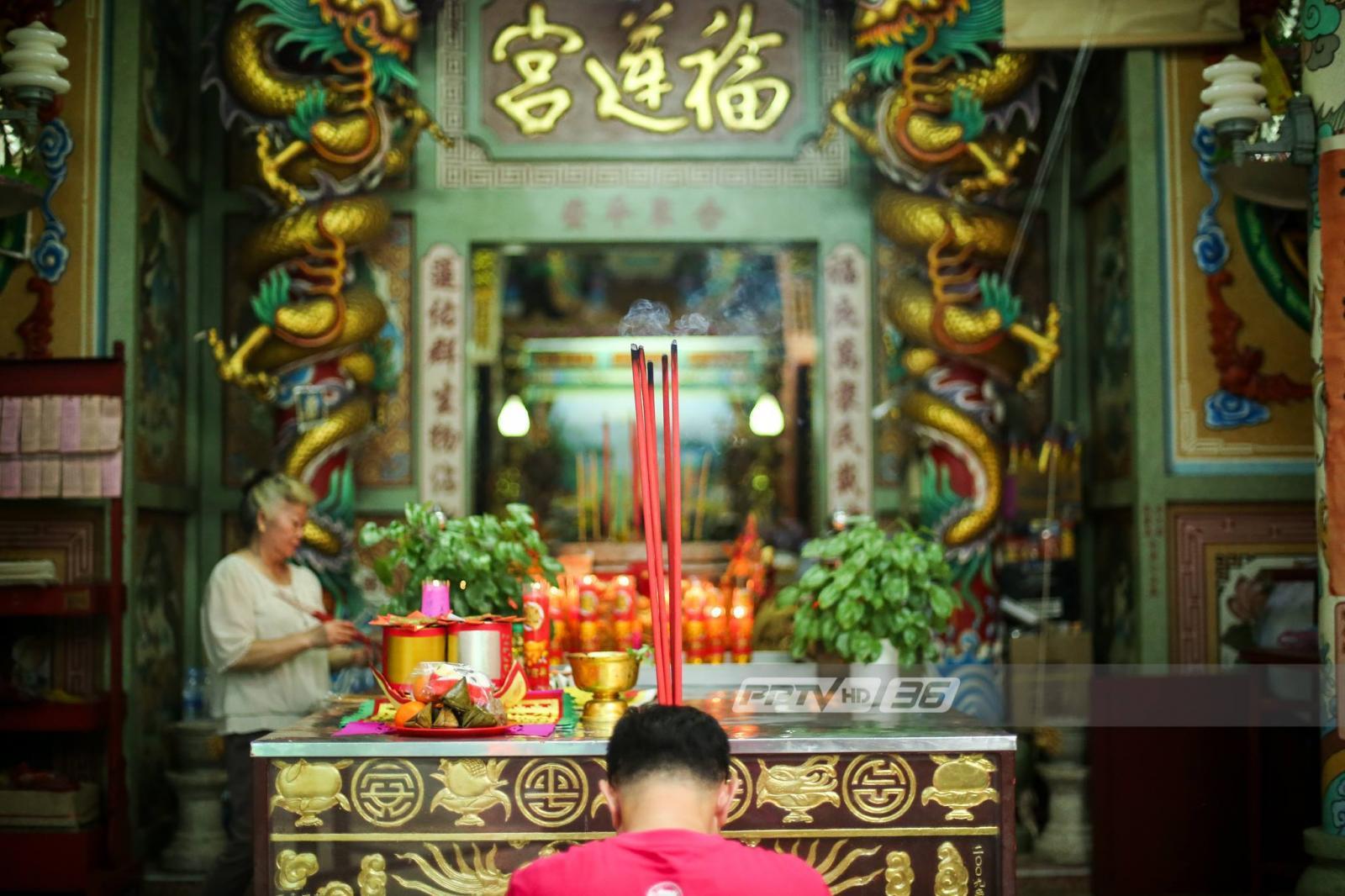 """ตรุษจีนปีนี้ใช้  """"ธูปสั้น-ขนาดเล็ก"""" """"ลดเผากระดาษ"""" ลดฝุ่นคลุมกรุงเทพฯ"""