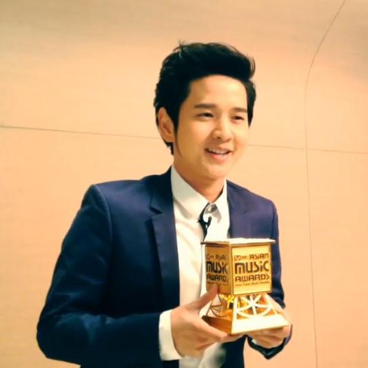 """รวมศิลปินไทยที่เคยคว้ารางวัลจากเวที """"Mnet Asian Music Awards"""""""