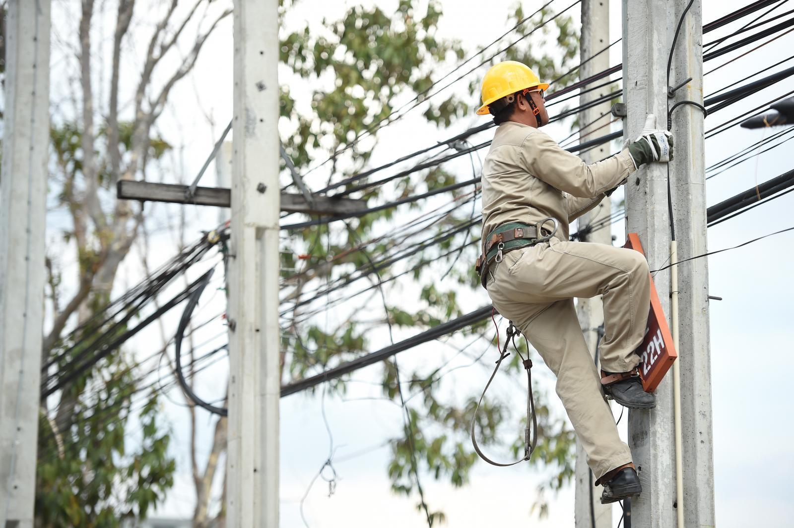 กฟน. บำรุงรักษาระบบจำหน่ายและระบบไฟฟ้าสำรอง เตรียมพร้อมจ่ายไฟฟ้าอย่างมั่นคงรับวันเลือกตั้ง