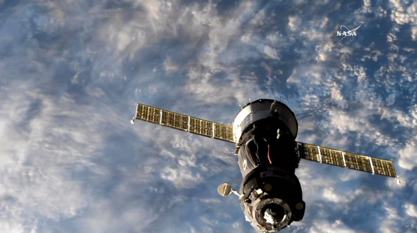 """รองปธน.สหรัฐฯ เผย กลาโหมเริ่มวางแผนจัดตั้ง """"กองกำลังอวกาศ"""""""